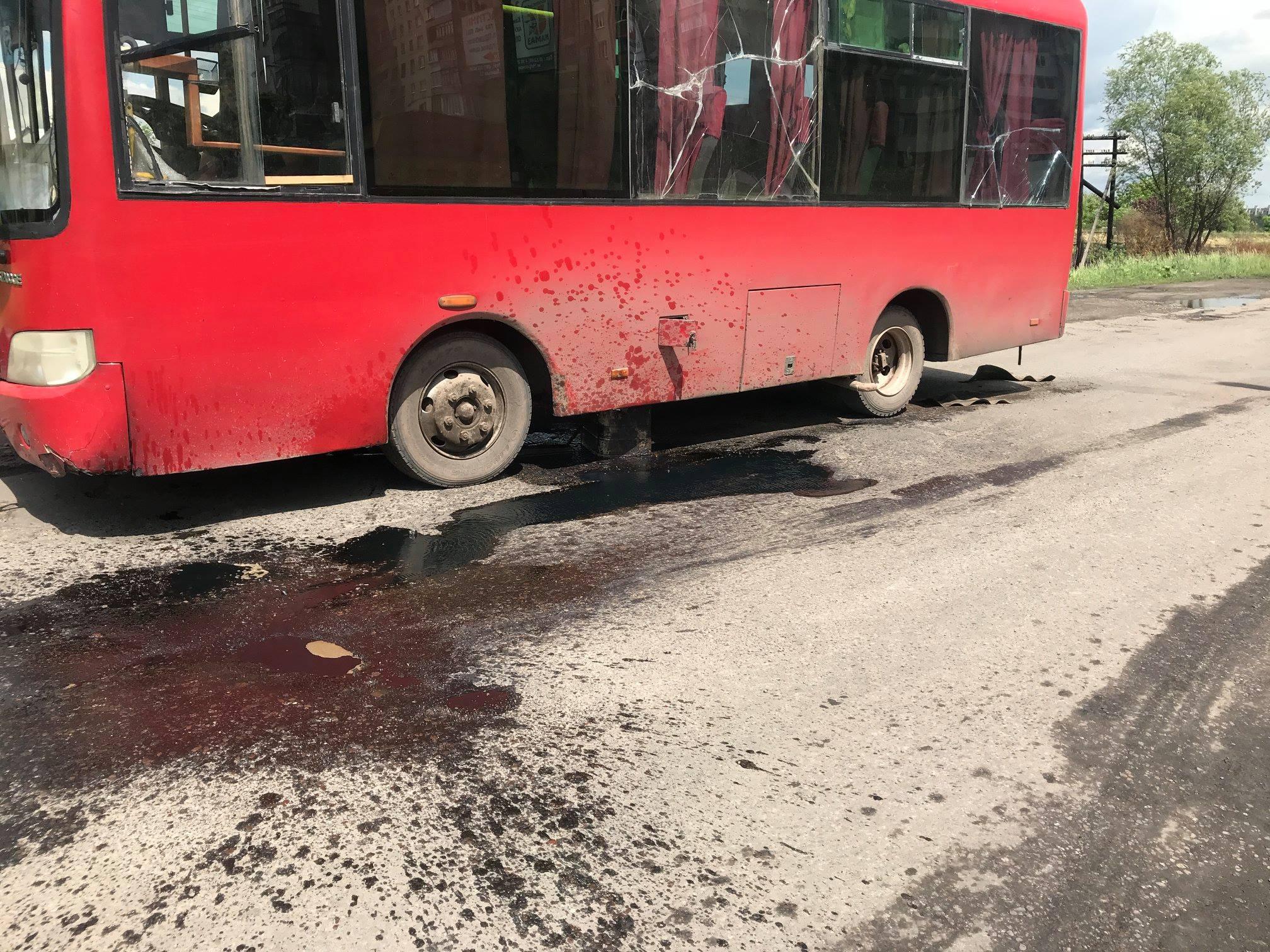 В Червонограді у маршрутки відвалився паливний бак