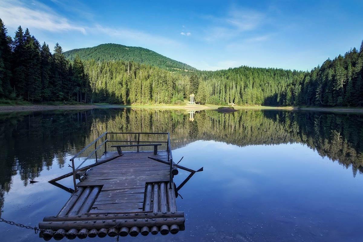 подорож до озера синевир