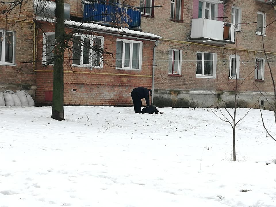 в червонограді чоловік випав з балкону