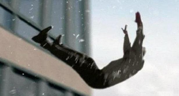 чоловік випав з вікна лікарні у червонограді