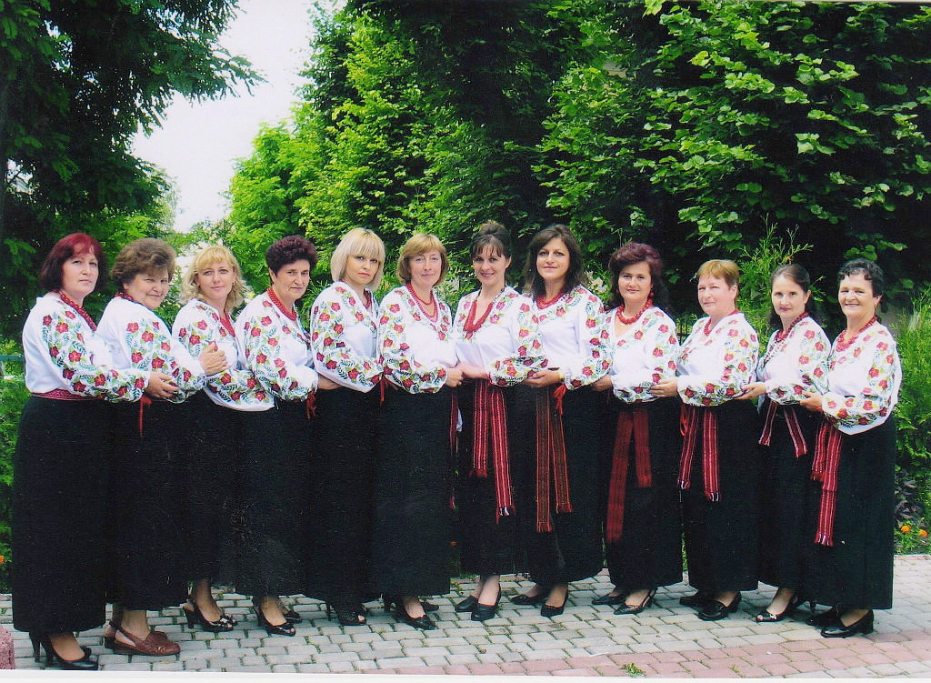 Вокальний ансамбль Союзу українок «Берегиня» створений в 1995 році при Сокальському осередку Союзу українок