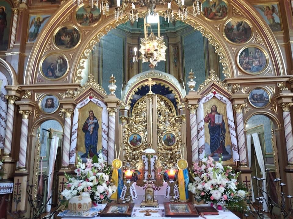 храм Воскресіння Христового в Жужелянах