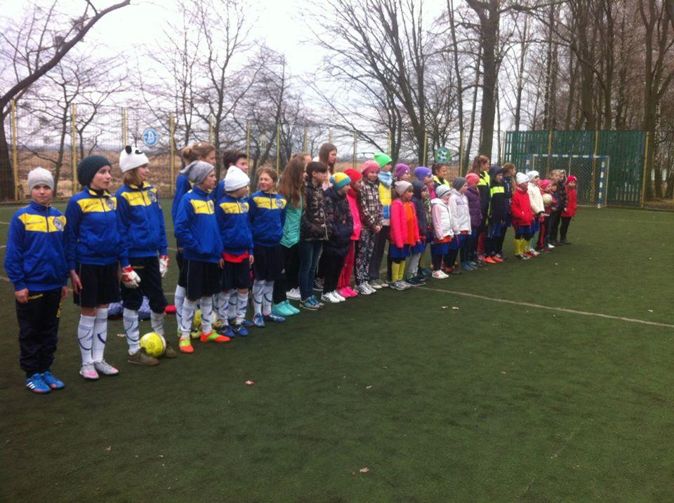 Юні футболістки з Сокаля успішно виступили на тренувальному турнір з міні-футболу у Володимирі