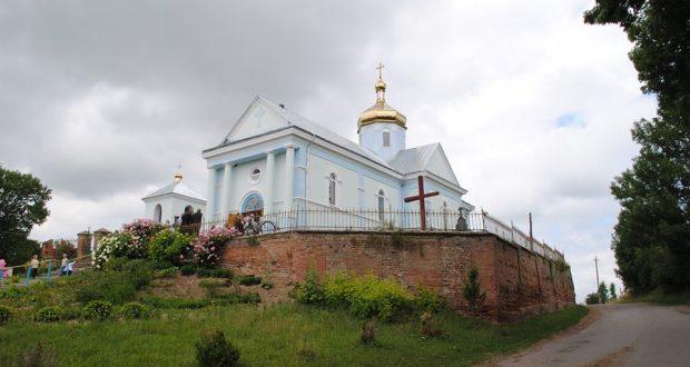 церква в Лучицях