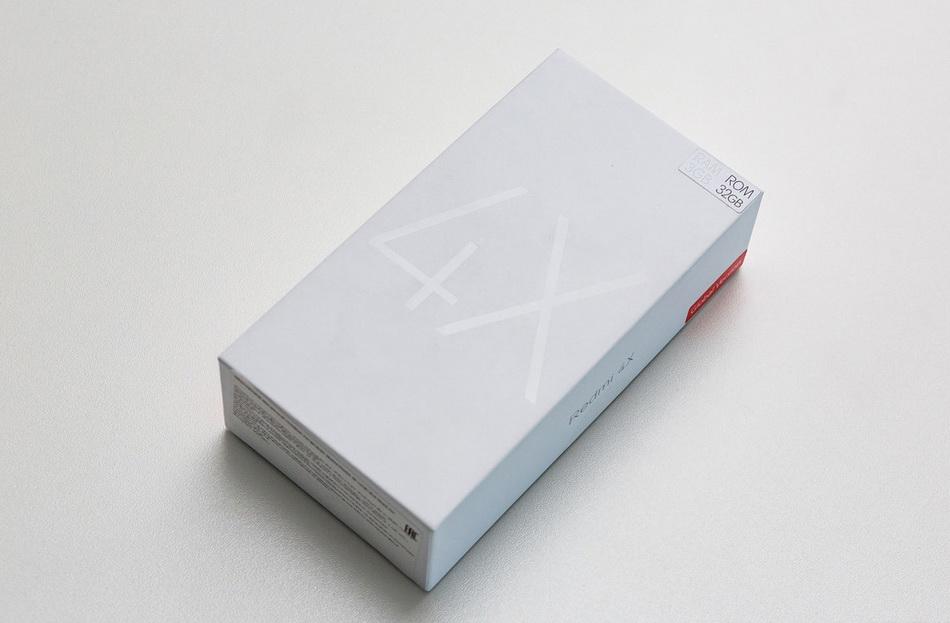 Комплект поставки и аксессуари Xiaomi