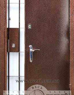 Банковские двери